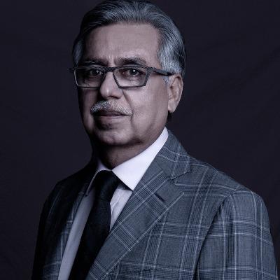 Dr Pawan Munjal