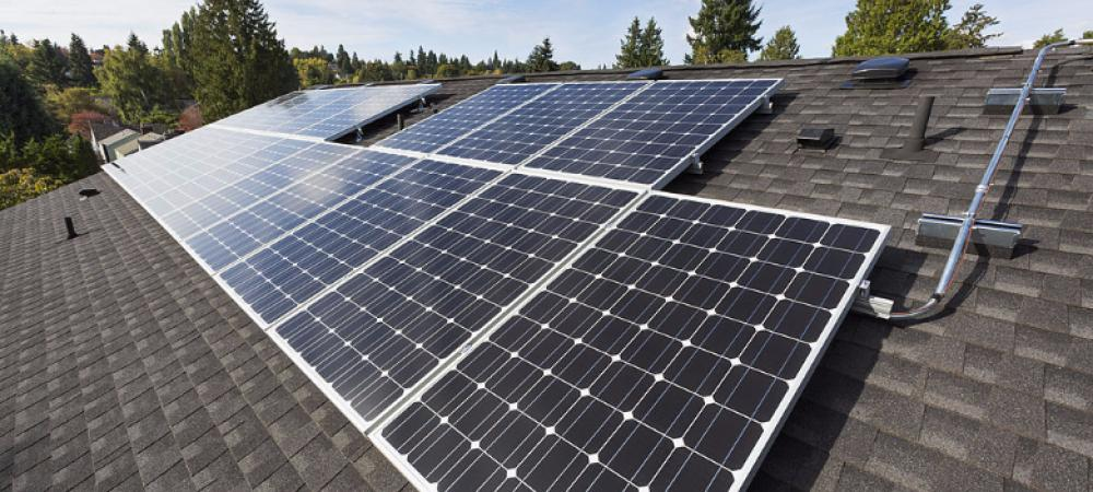 Five things to know while installing a rooftop solar panel